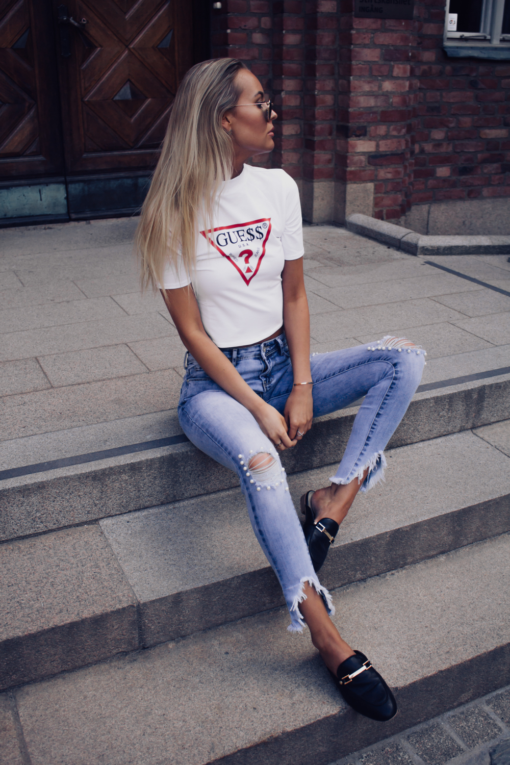4fa9f1e530e Crop Top - Guess A$AP Rocky collection/ HERE Jeans - Miss Bardo/ HERE (on  sale!) Shoes - Din Sko Sunglasses - Ray Ban